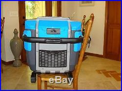 70 Quart Igloo Rolling Trailmate Cooler Ice Chest Ultratherm Storage Opener Blue