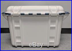 Genuine OtterBox Venture 45 Quart Cooler Hudson White / Blue 77-54462 Fair Shape