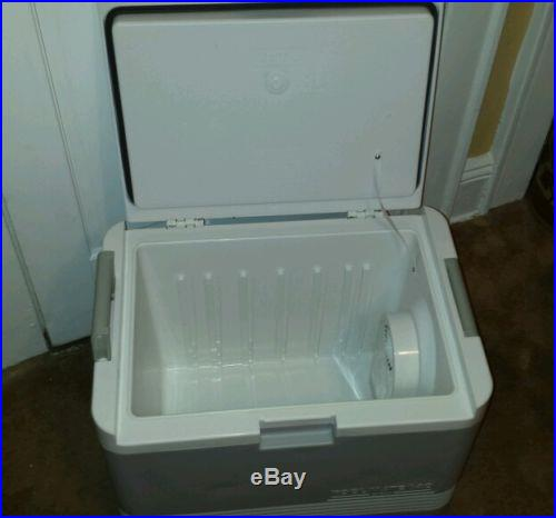 IGLOO KOOLMATE 40 COOLER/HEATER WITH DC AND AC OUTLET ADAPTERS FREE SHIPPING