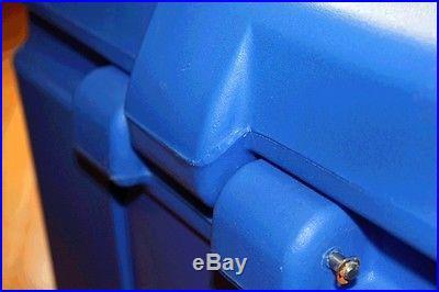 Icekool 58 quart solid foam filled extreme temperature cooler IKU55P