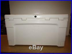 Igloo 55-Qt. Sportsman Cooler White