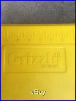 John Deere 20 Qt. Grizzly Cooler