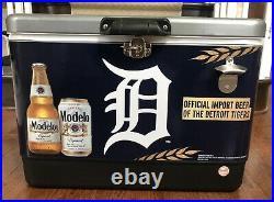 Koolatron Modelo Ice Chest Cooler With Bottle Opener 51L/54 Quart Detroit Tigers