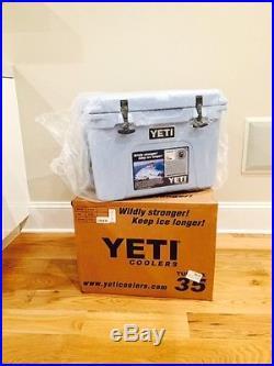NEW YETI TUNDRA 35 QUART COOLER ICE BLUE YT35B