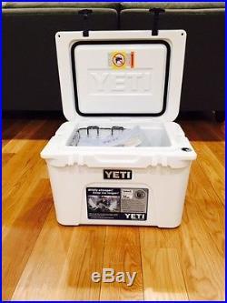 NEW YETI TUNDRA 35 QUART COOLER WHITE YT35W