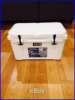 NEW YETI TUNDRA 45 QUART COOLER WHITE