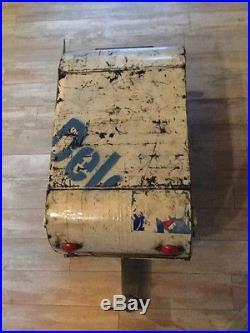 New Handcrafted Vintage Trailer Beverage Ice Chest Cooler