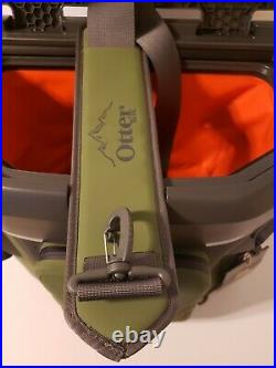 OtterBox 20-Quart Softside Trooper Cooler with Carry Strap, Alpine Ascent Green
