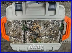 OtterBox VENTURE SERIES Cooler 25 Quart Back Trail Camping Outdoor