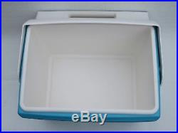 RARE VTG IGLOO PLAYMATE Cooler with SPEAKERS The Warp Only Winston Has It
