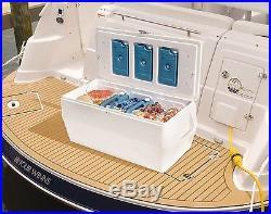 Rubbermaid Gott Marine Cooler / Ice Chest 150-quart White 150-quart Gott