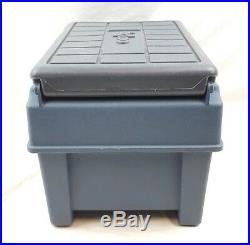 VTG Igloo Armrest Little Kool Rest Car Cooler Blue Ice Chest Console Cup Holder