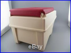 Vintage Igloo Little Kool Rest Car Cooler Cream & Red Console Chest Car/Trk