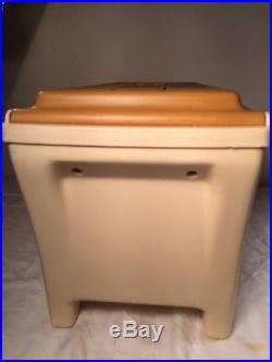 Vintage Rare Tan IGLOO KOOL REST COOLER Console Cupholder Armrest 1981 SWEET