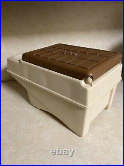Vtg Little Kool Rest IGLOO Car Console Cooler Brown Tan Can Holder Ice Chest