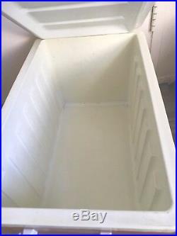 Vtg RETRO Mid Century Orange THERMOS 53 Quart Cooler 7744withBox 24L x 15W x 14