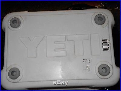 YETI Rare- 15 Quart Roadie Cooler