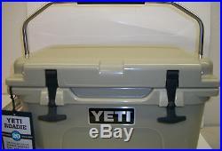 YETI Roadie 20 Cooler Tan Ice Cooler New Keep Ice Longer