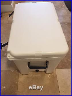 Yeti Cooler Tundra 105 Quart White YT105W New