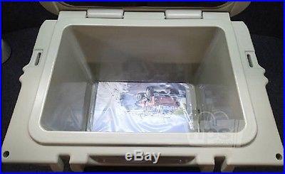 Yeti Coolers Roadie 20 Desert Tan 5.2gal Cooler 18-1/2x13-5/8x14-3/8