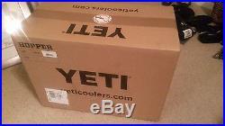 Yeti Hopper 30 Quart Cooler Fog Gray/Tahoe Blue BRAND NEW