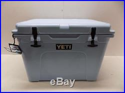 Yeti Tundra 50 Cooler 41.75 Liter Ice Blue